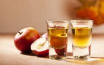 Простые секреты вкуснейшего яблочного самогона. Как настоять самогон на сушеных яблоках?