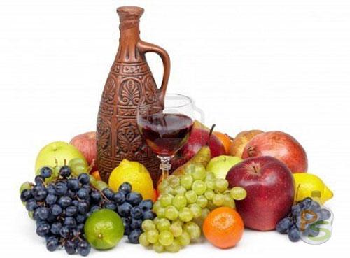 Ягоды и фрукты для домашнего вина
