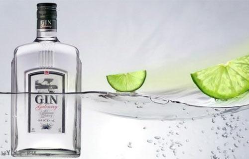 Джин в бутылке