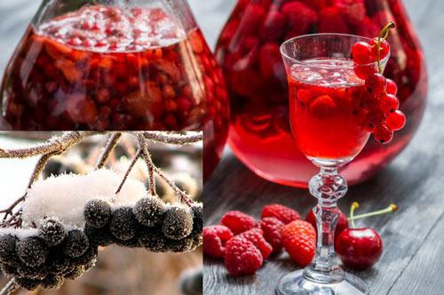 Бокал с наливкой из ягод