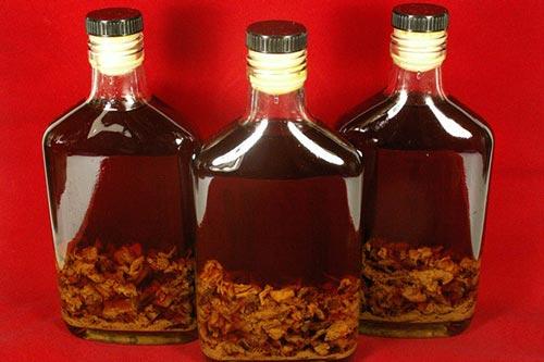 Настойки на спирту: лучшие рецепты в домашних условиях, применение, употребление