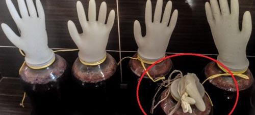 Как определить готовность по сдутой перчатке.