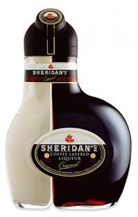 Оригинальная бутылка ликера Шериданс.
