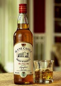 Бутылка ирландского виски.
