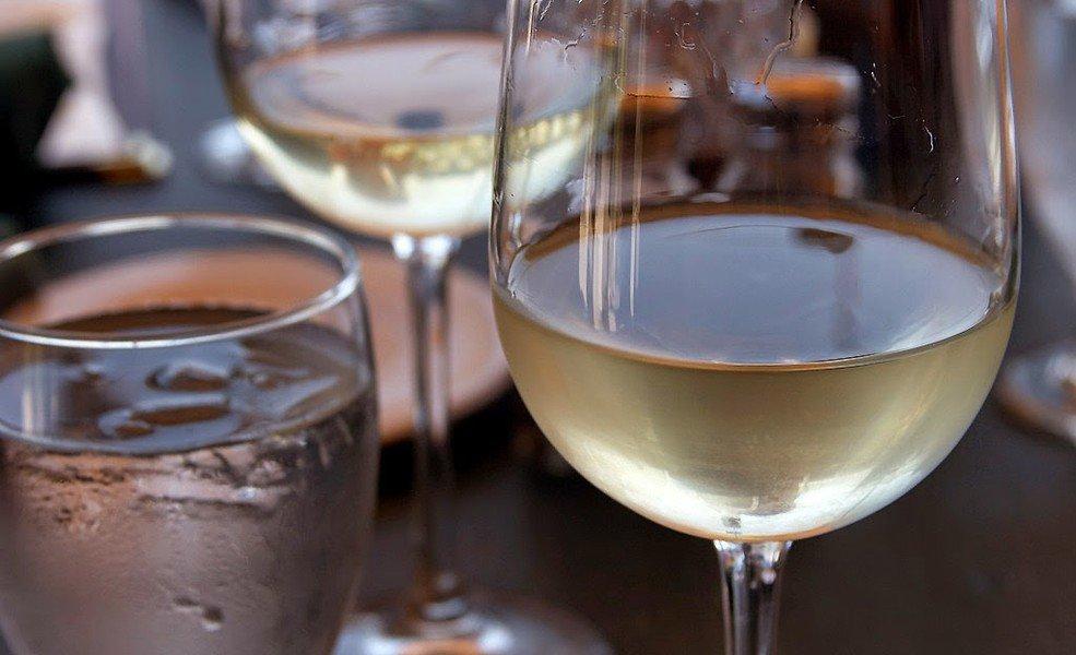 домашнее вино из цветков акации